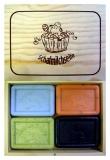 Geschenkbox aus Holz für 4 Schafmilchseifen - leer -
